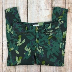 CABI Clover Camo Skinny Jeans Ankle Zip Pants